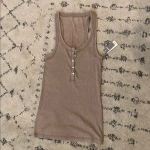 NWT American eagle tank size medium